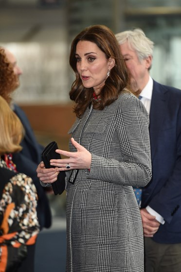 Gravidez de Kate Middleton ignorada pelo Palácio de Kensington