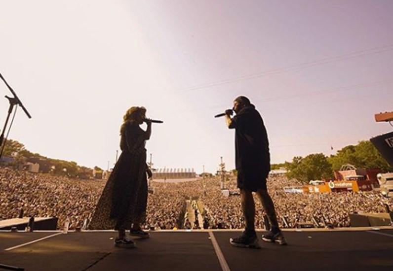 Agir e Carolina Deslandes arrasam no Rock in Rio